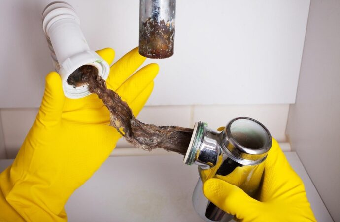 Drain-Cleaning-El-Paso-TX-Septic-Tank-Pumping-Installation-Repairs-We offer Septic Service & Repairs, Septic Tank Installations, Septic Tank Cleaning, Commercial, Septic System, Drain Cleaning, Line Snaking, Portable Toilet, Grease Trap Pumping & Cleaning, Septic Tank Pumping, Sewage Pump, Sewer Line Repair, Septic Tank Replacement, Septic Maintenance, Sewer Line Replacement, Porta Potty Rentals, and more.